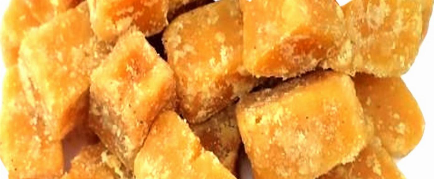 Why You Must Have Jaggery (Gur) Every Day in Winters