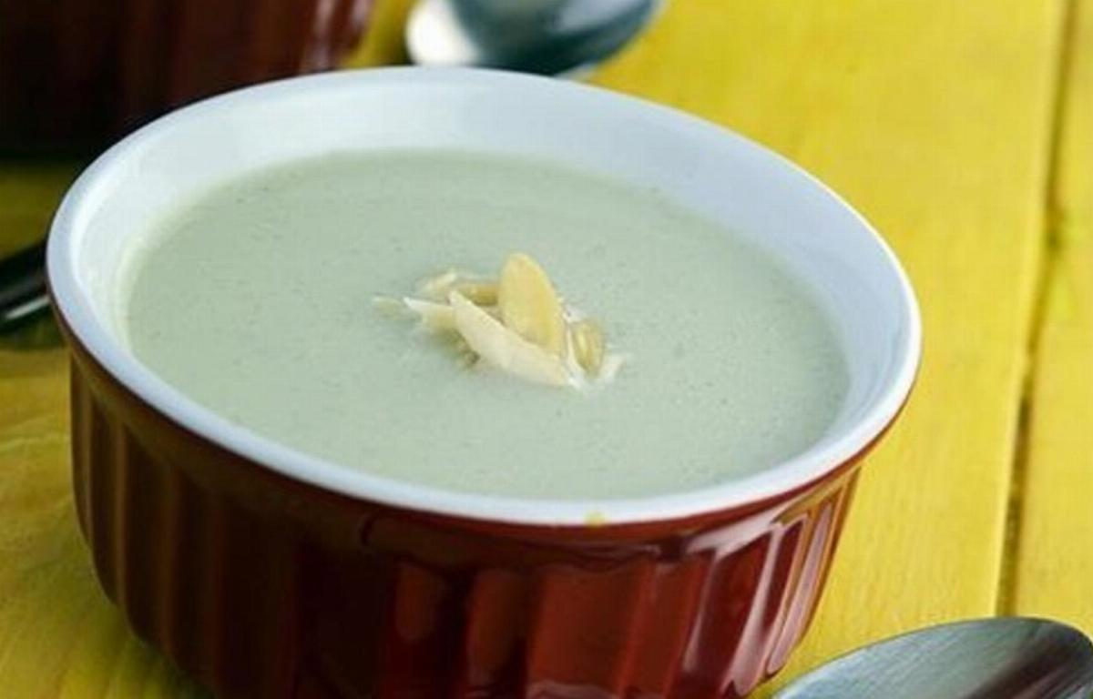 Creamy Almond Soup (Winter Treat)