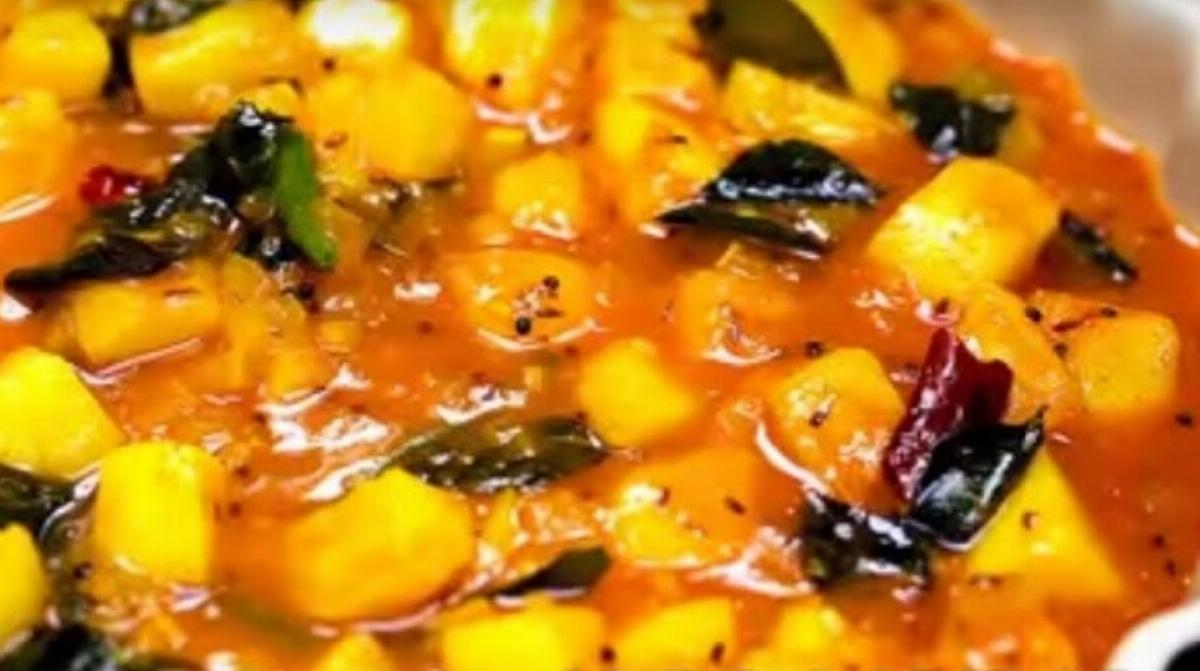 Aamras Aaloo Recipe