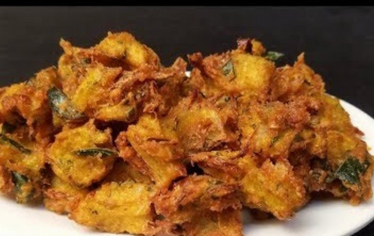 Makka Onion Ke Pkorey Recipe