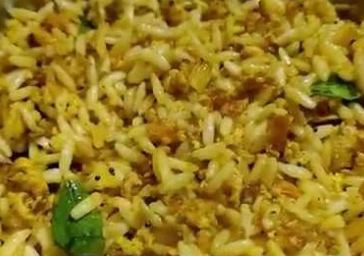 Puffed Rice Egg Fry Recipe