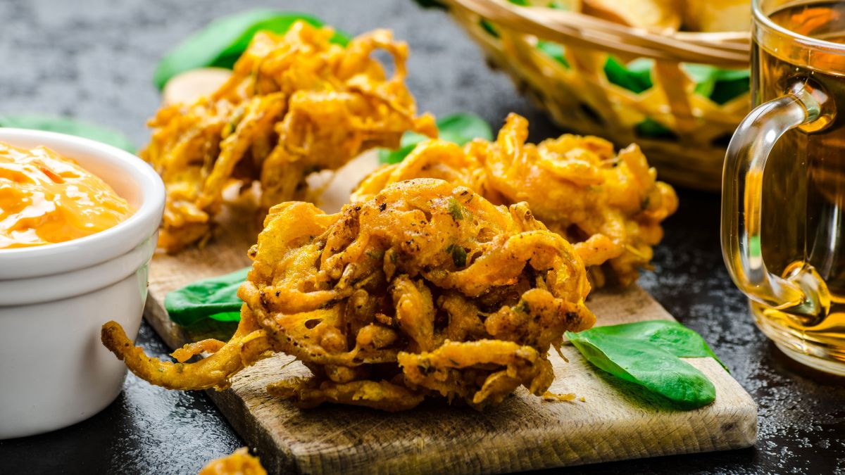 Onion Lacha Pakoda Recipe
