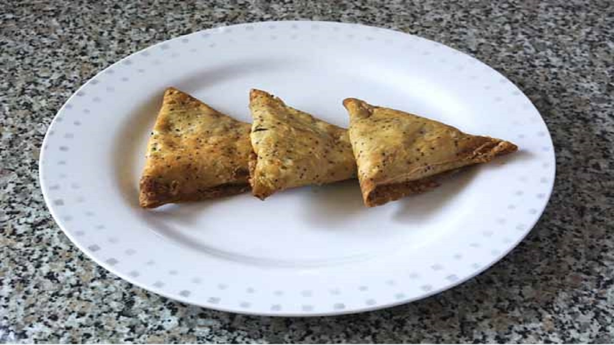 Papad Cheesy Pocket Recipe
