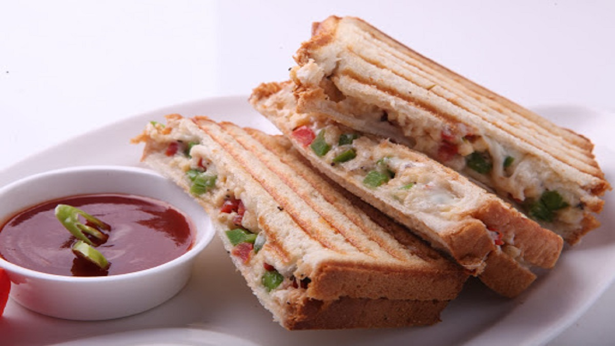 Capsicum Egg Sandwich Recipe