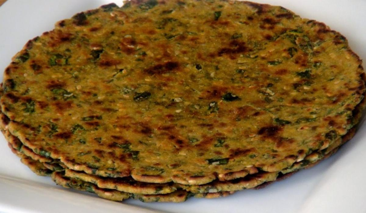 Bajra Methi Thepla Recipe