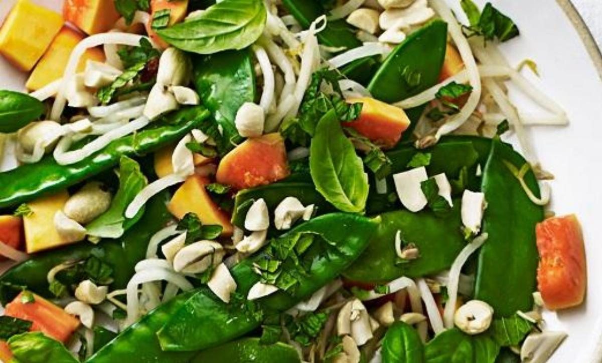Bean Sprout Spinach Salad Recipe