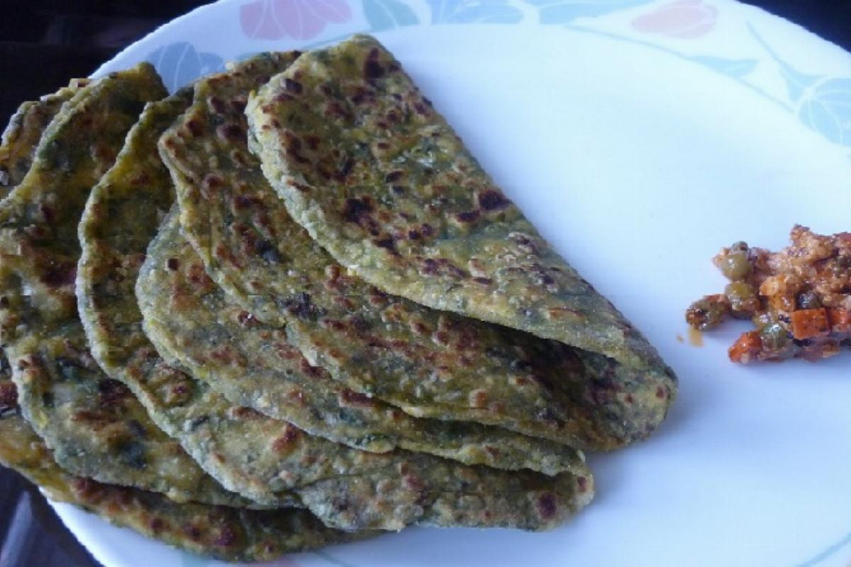 Cabbage Methi Paratha Recipe