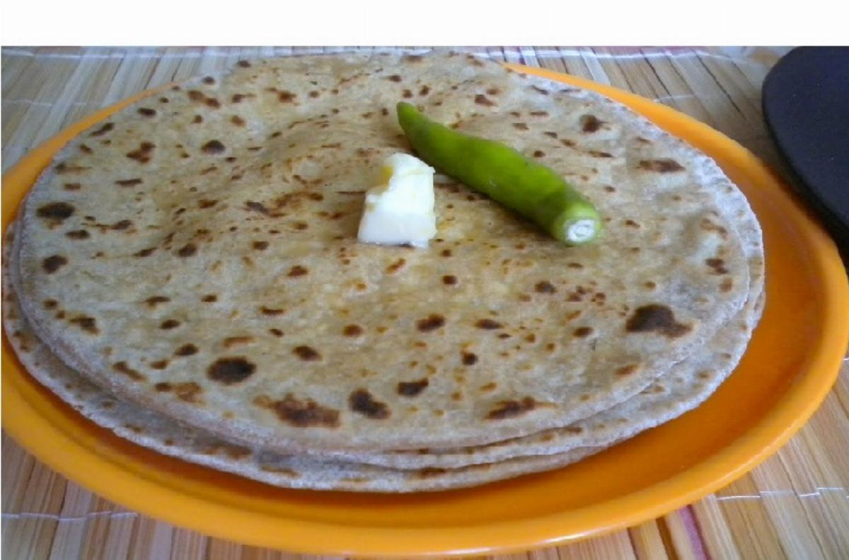 Paneer Moong Dal Paratha Recipe