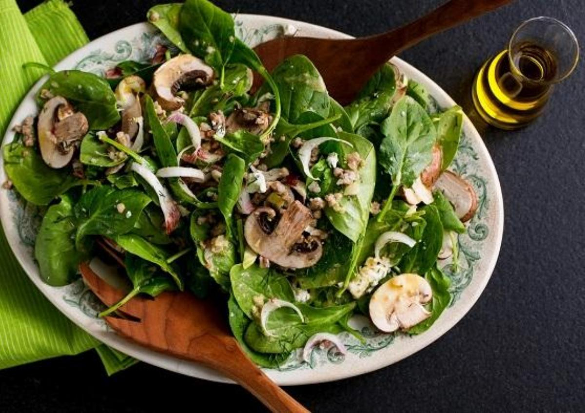Spinach Poppy Seed Salad Recipe