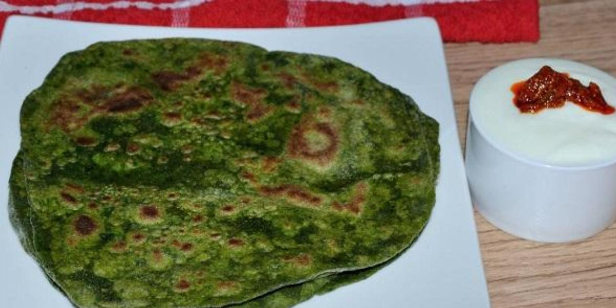 Spinach Paratha Recipe